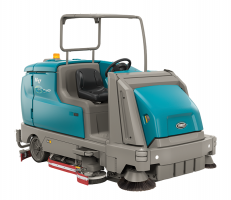 Tennant M17 Industrial Scrubber/Sweeper Combination Machine
